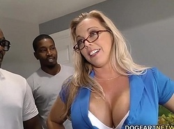 Amber Lynn Bach receives banged coupled with creampied by BBCs